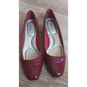 Abella wine slip on low heel shoes Sz.9